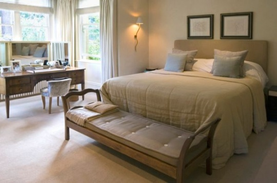 ۳۵-beautiful-bedroom-benches-to-complete-your-room19